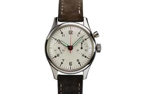 1960 Breitling Canadian Military Chronograph Watch For