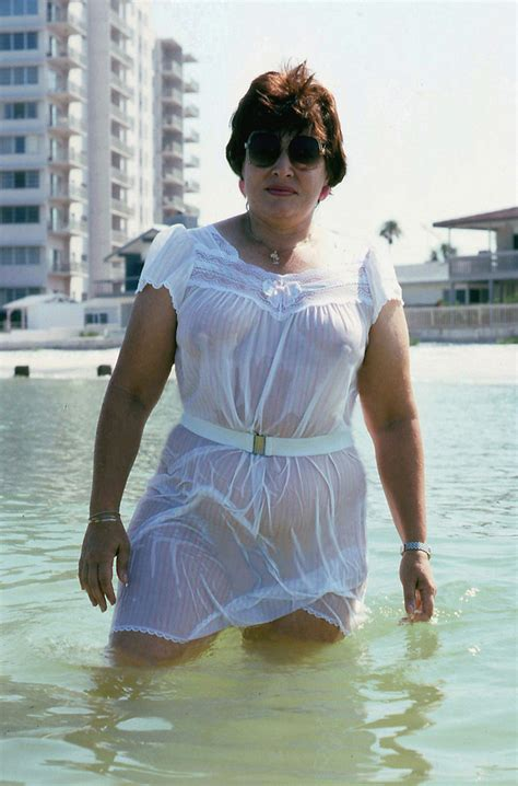 Night gown swim, 1990 | Up in the morning, Valerie in the