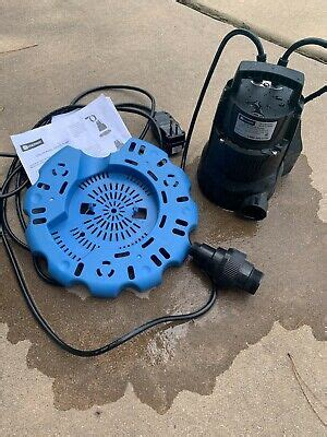 Utilitech Thermoplastic Plug-In Pool Cover Pump: 1/4 HP