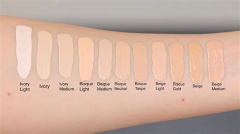 marc jacobs re(marc)able foundation swatch | Foundation