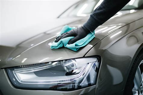 This Is How You Give Your Car a DIY Showroom Shine Easily