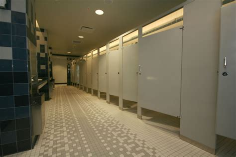 A practical guide to barrier-free washrooms - Construction