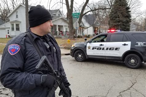 Bloomington Police investigate west-side shooting | WJBC